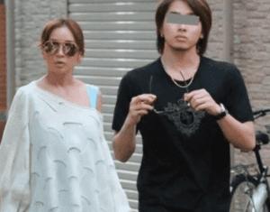 浜崎あゆみとペイのフライデー写真